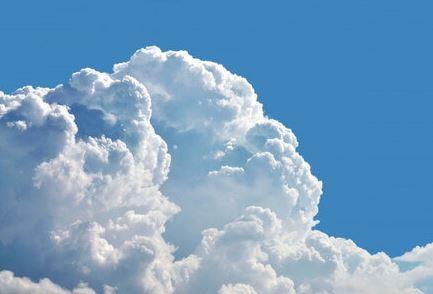 画像に alt 属性が指定されていません。ファイル名: 雲.jpg